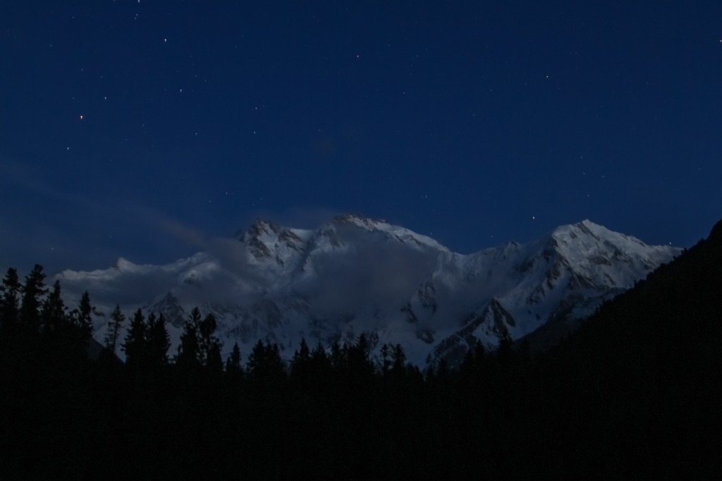 Nangaparbat at Night